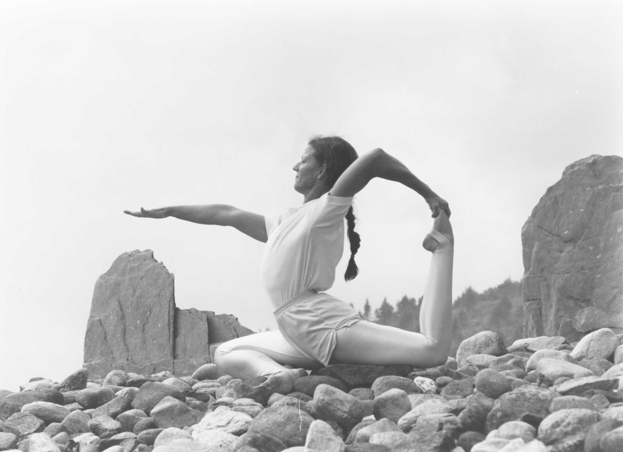 Dona Holleman yoga